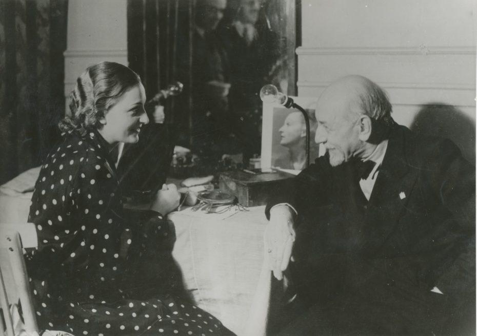 13 Evi Maltagliati Teatro Quirino Ma non ä una cosa seria 1935